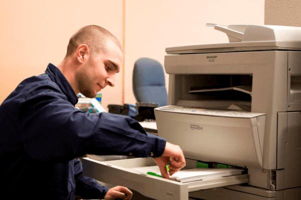 Cách sửa máy in không nhận giấy.