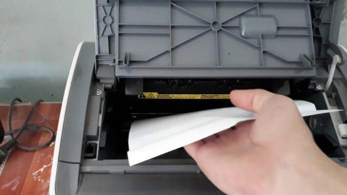 Cứ lỗi cuốn giấy là gọi ngay cho sửa máy in không cuốn giấy.
